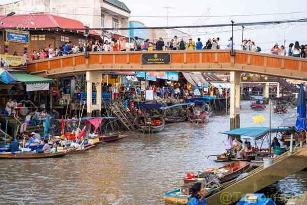 Amphawa-Floating-Market-04