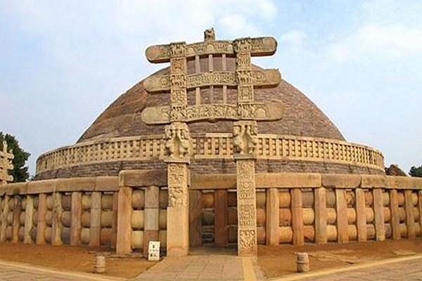 Sanchi-Stupa02