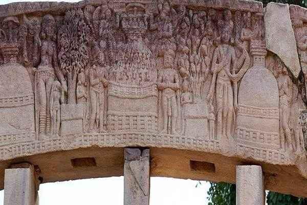 Sanchi-Stupa04