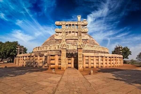Sanchi-Stupa05