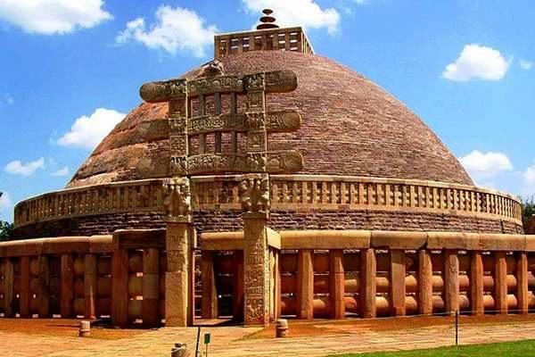 Sanchi-Stupa07