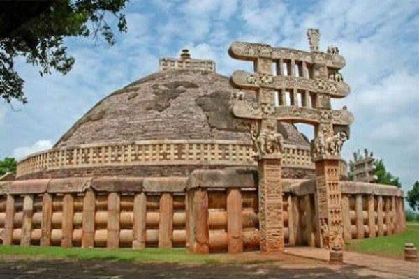 Sanchi-Stupa09