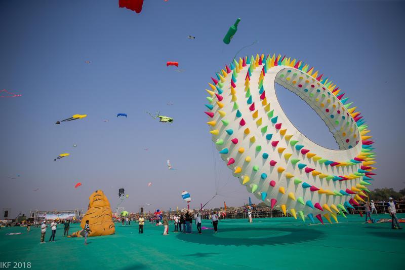 image-result-for-kite-flying-festival-gujrat-2