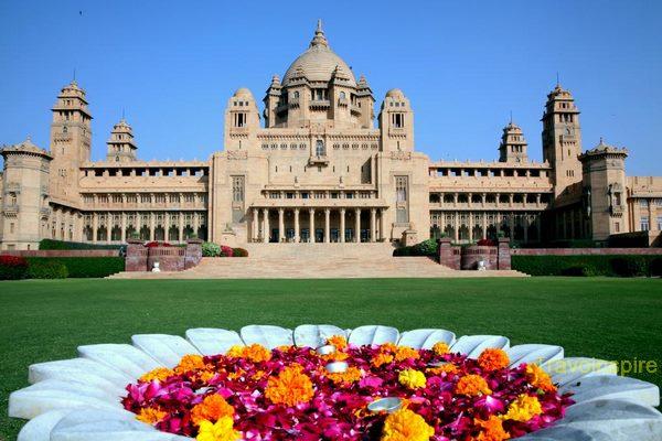 Umaid-Bhawan-Palace-11.jpg